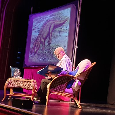 Ken tells his story of the Storeton Dinosaur, and much more, at the Gladstone Theatre in September 2019.